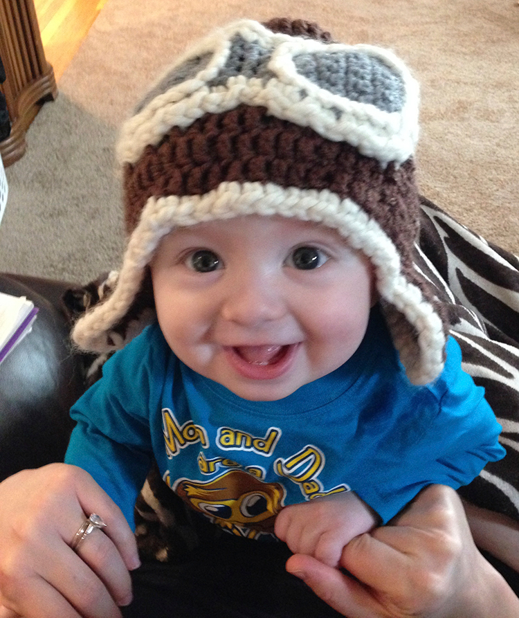 baby-crochet-aviator-hat-pattern-growfamilylove